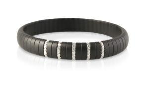 Pura bracciale elastico in ceramica nera satinata e diamanti bianchi