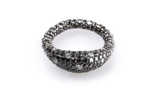 Gioconda anello elastico in diamanti neri