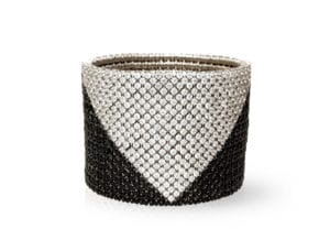 Cashmere, stretch bracelet in 18k white gold with white and black diamonds