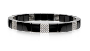 Scacco, stretch bracelet in 18k gold with white diamonds and high tech ceramic