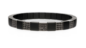 Scacco, stretch bracelet in 18k gold with black diamonds and high tech ceramic